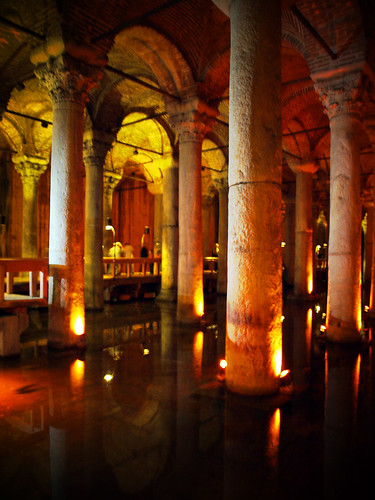 Fotografías interiores de la cisterna de bindirdirek