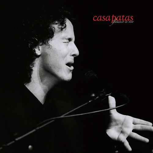 Jesús Corbacho cantando en Casa Patas. Foto: Martín Guerrero
