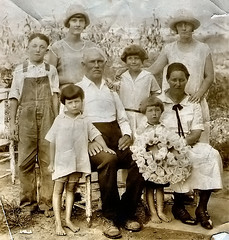 Joe Berry Bradford and Pansy Brown family