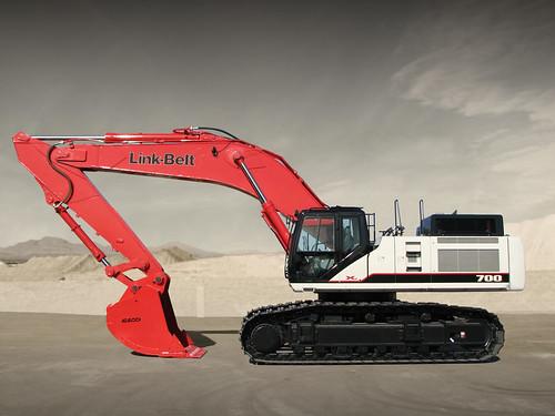 Link-Belt 700 X2 excavator