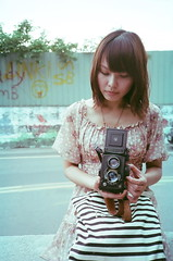 girl with camera: Seagull 4B