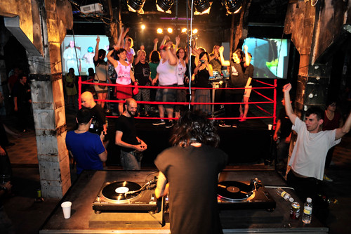 DJ Yorka and LaptopsRus Performers on the ring.