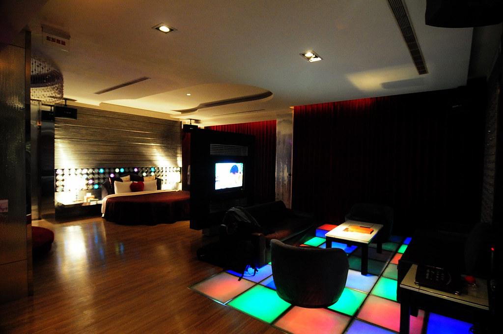 板橋挪威森林 Motel 可以歡唱 KTV - 隨裕而安