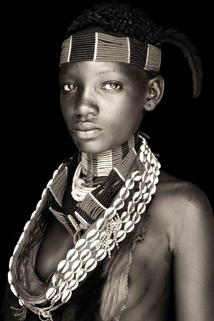 hamar little girl / ethiopia