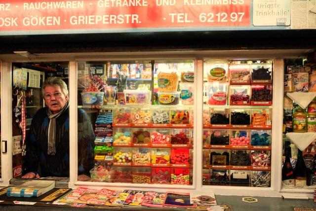 Kiosk Göken-12