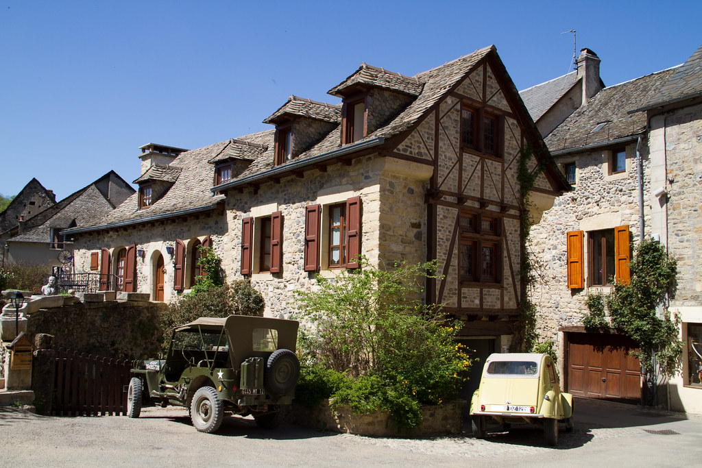 Sainte-Eulalie-d'Olt 20100427-IMG_4363