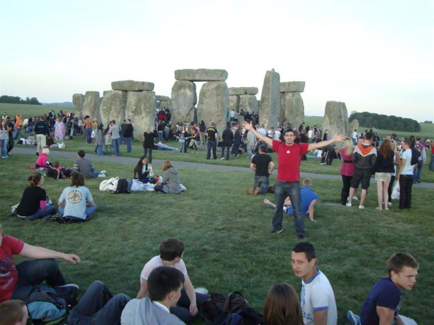 Yo en medio de la multitud Stonehenge Stonehenge, el mágico día del Solsticio 5065759994 e8c16b181f o