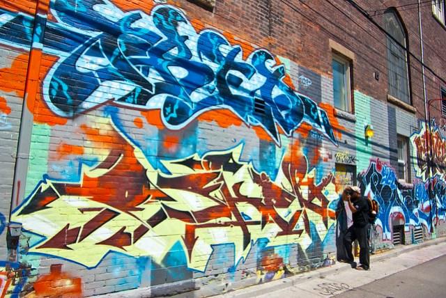 toronto, graffiti alley, things to do in toronto