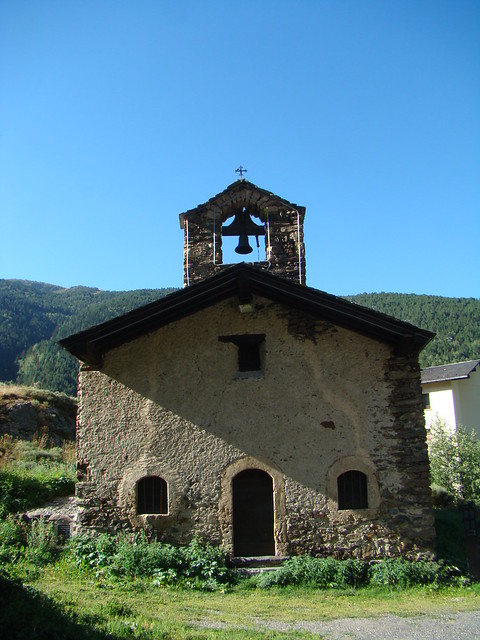Iglesia de San Pedro El Tarter Andorra 01