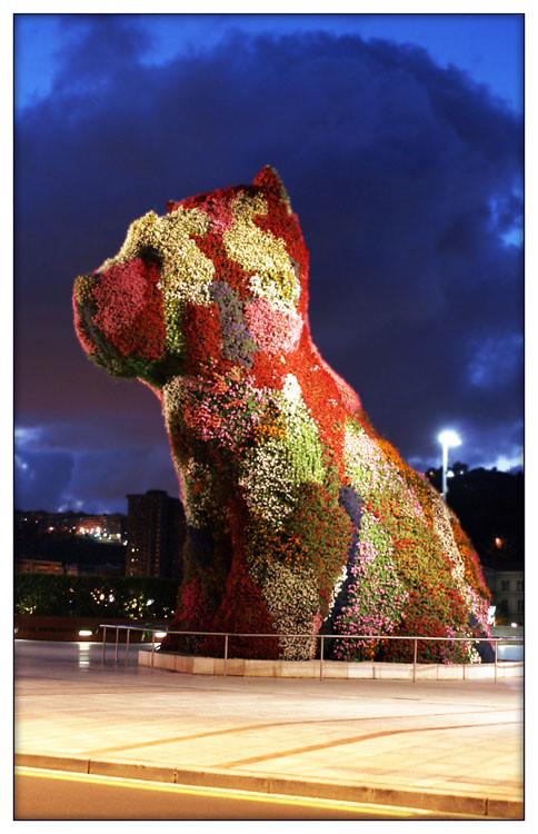 sculpture by Jeff Koons outside the Guggenheim in Bilbao