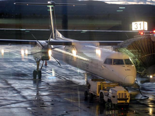 Bombardier Q400, Porter Airlines, de Québec à Toronto