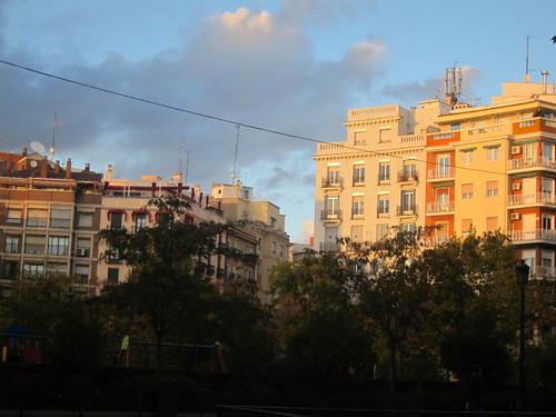 Atardecer en Plaza de Olavide, Chamberí. Madrid