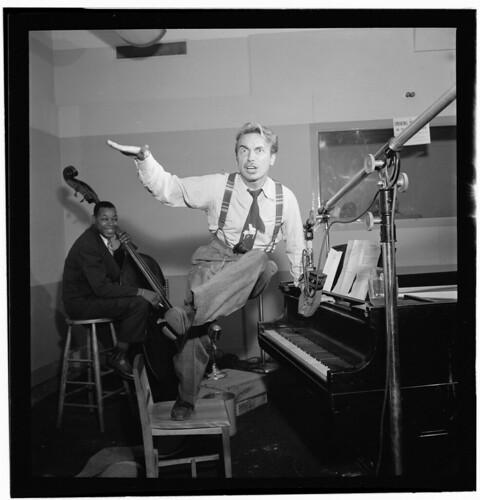 [Portrait of Harry Gibson, Diamond studio, New York, N.Y.(?), ca. Apr. 1947] (LOC)