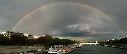 Double rainbow over La Seine