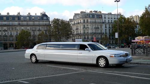 limousine, place de la Bastille (PARIS,FR75)