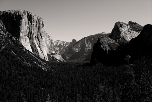 Yosemite Valley by PatMinNYC