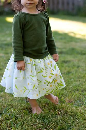 bedsheet skirt