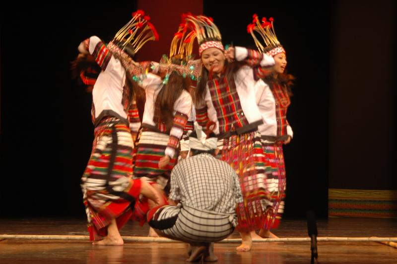 Mizo folk dance with bamboos, India