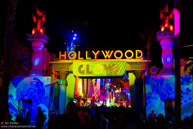 Disneyland Aug 2010 - Glow Fest