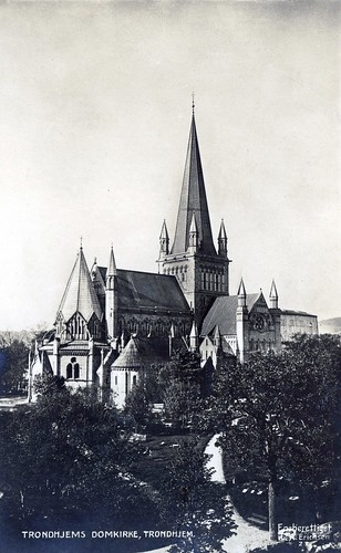 Trondhjems Domkirke (ca. 1915) by Trondheim Byarkiv