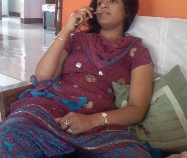 Best Reallife Chudi In Sofa Pic