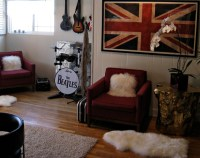 rock n' roll video game room+game room decorating ideas