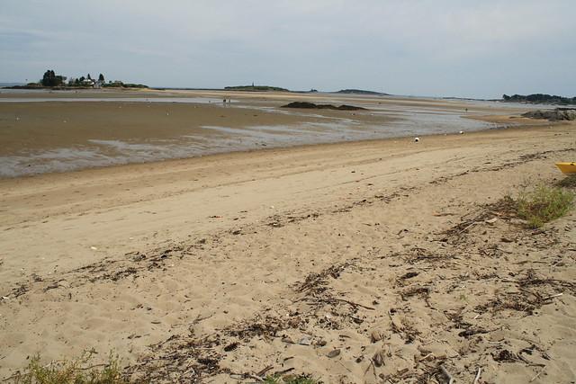 Hills Beach, low tide