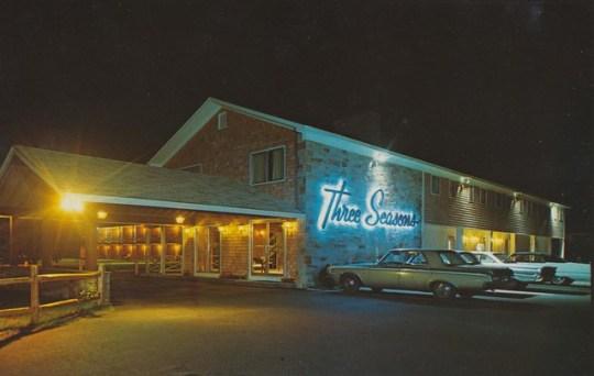 Three Seasons Motor Lodge - Dennis Port, Massachusetts U.S.A. - 1960s
