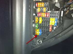 VW 2007 B6 Passat Driver Side Fuse Panel  an album on Flickr