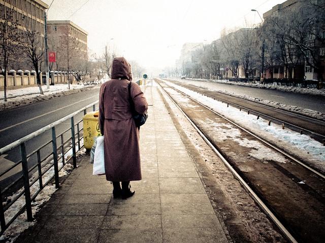 Așteptând luminița de la capătul tramvaiului