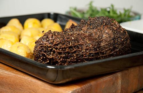 Pepper crust roast beef