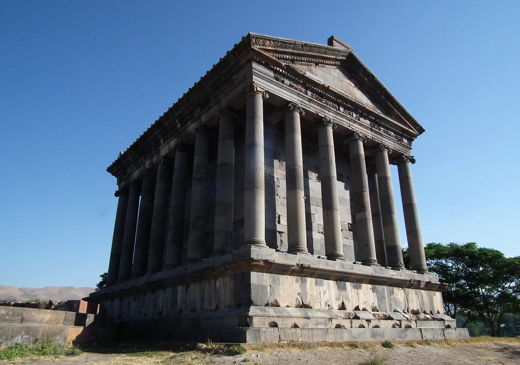 Templo Romano-Garni-Armenia 08