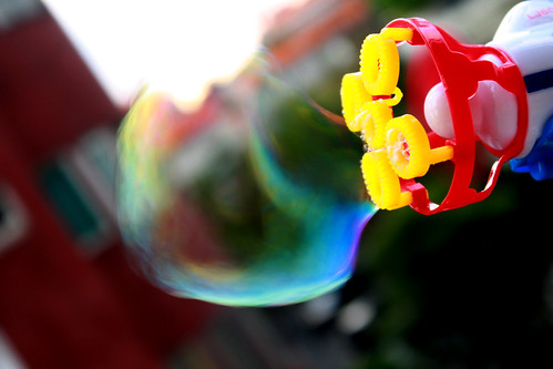 bubble forming