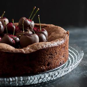flourless-black-forest-cake
