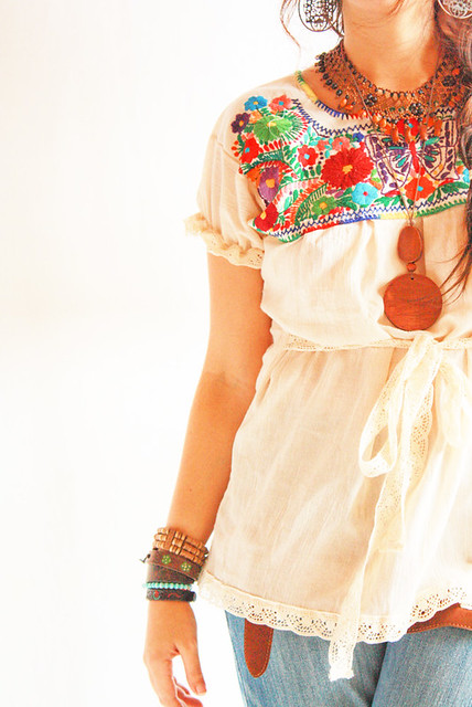 La Mariposa blusa Mexicana bordada a mano  Flickr  Photo Sharing