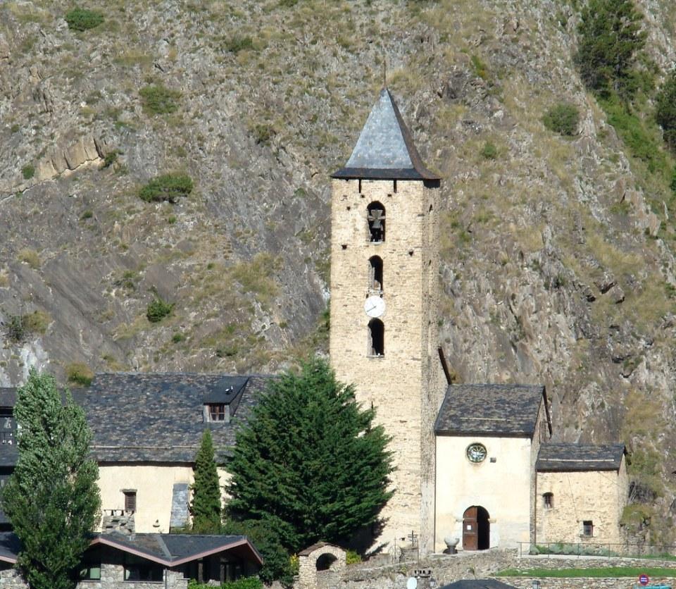 Iglesia San Serni de Canillo Andorra