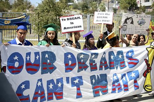 Collins_Dream_Act_Press_Conf_100920064