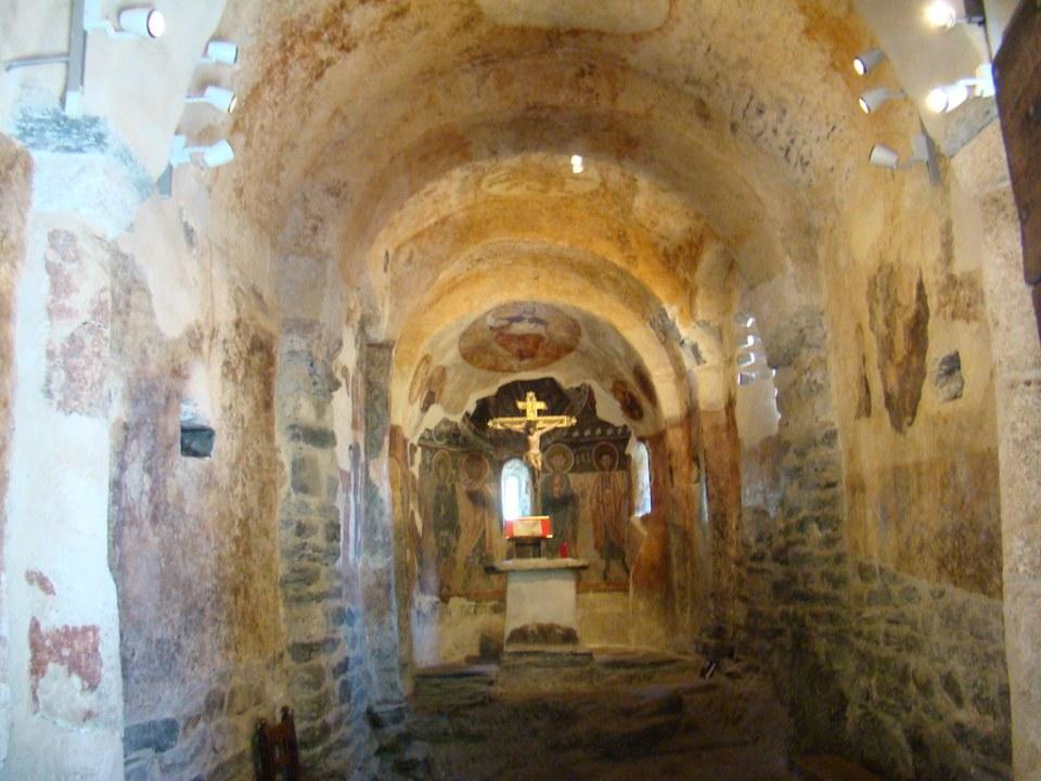 altar interior Iglesia de San Roman Les Bons Encamp Andorra 07