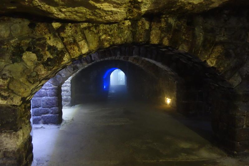 【2017歐洲蜜月自助旅行】【布達佩斯篇】Labirintus洞穴,世界七大地下奇景之探訪德古拉吸血鬼地牢 @ 阿瓜在 ...