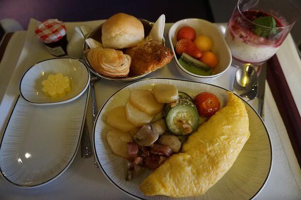 170505 タイ航空ボーイング747ビジネスクラス機内食