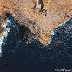 Please stay on the #path #aerialphotography #vscocam #vsco #cliffs @algarvetourism #featuremealgarve #algarve #portugal #travel #travelgram #photooftheday #guardiantravelsnaps #igportugal #instatravel #visitportugal #traveling #travelphotography #drone #d