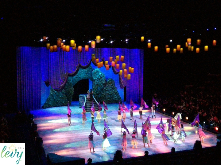 Disney On Ice Magical Festival 1_zps9x0tuil1