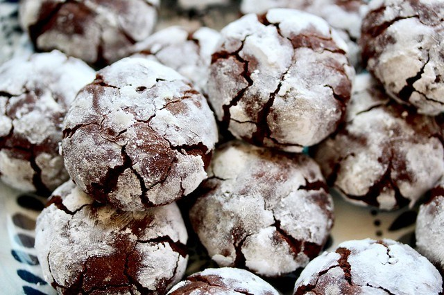 Chocolate Crinkle Cookies - 27
