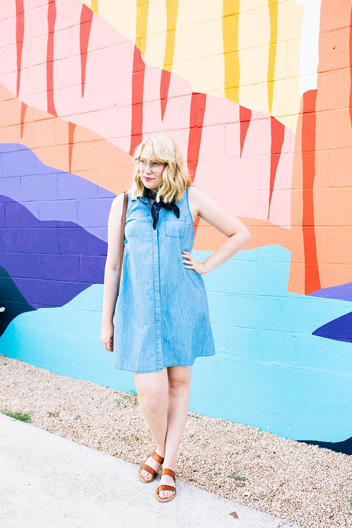 austin fashion blogger writes like a girl old navy denim dress3
