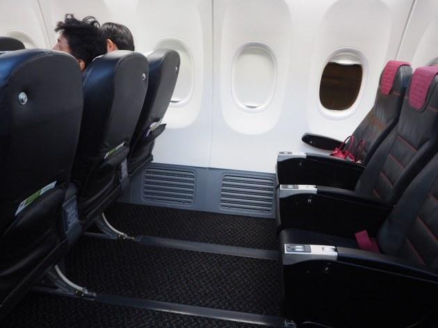 737-800車椅子の方用のシート