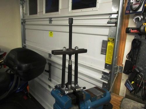 Removing Input Shaft Front Roller Bearing Inner Race