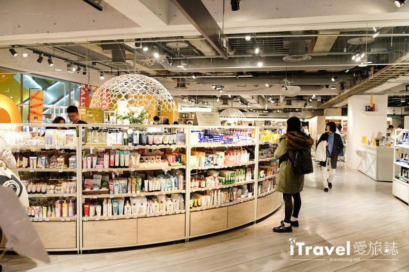《东京购物商场》LOFT涩谷店:东京必逛人气生活杂货商城