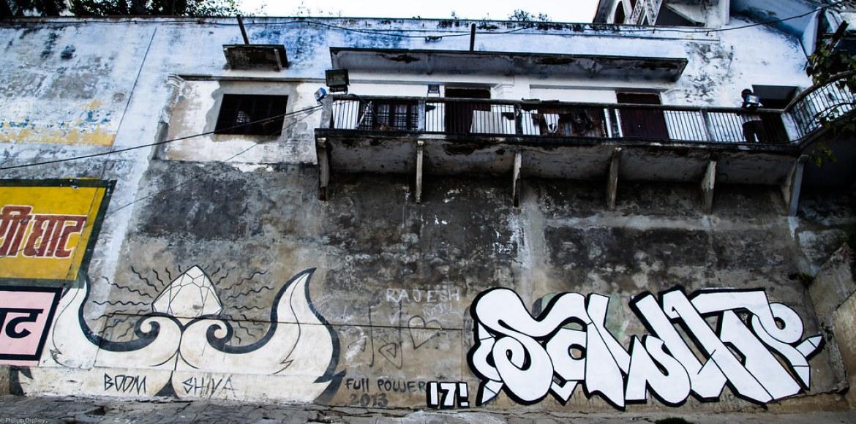lust-4-life travelblog streetart varanasi (1 von 52)