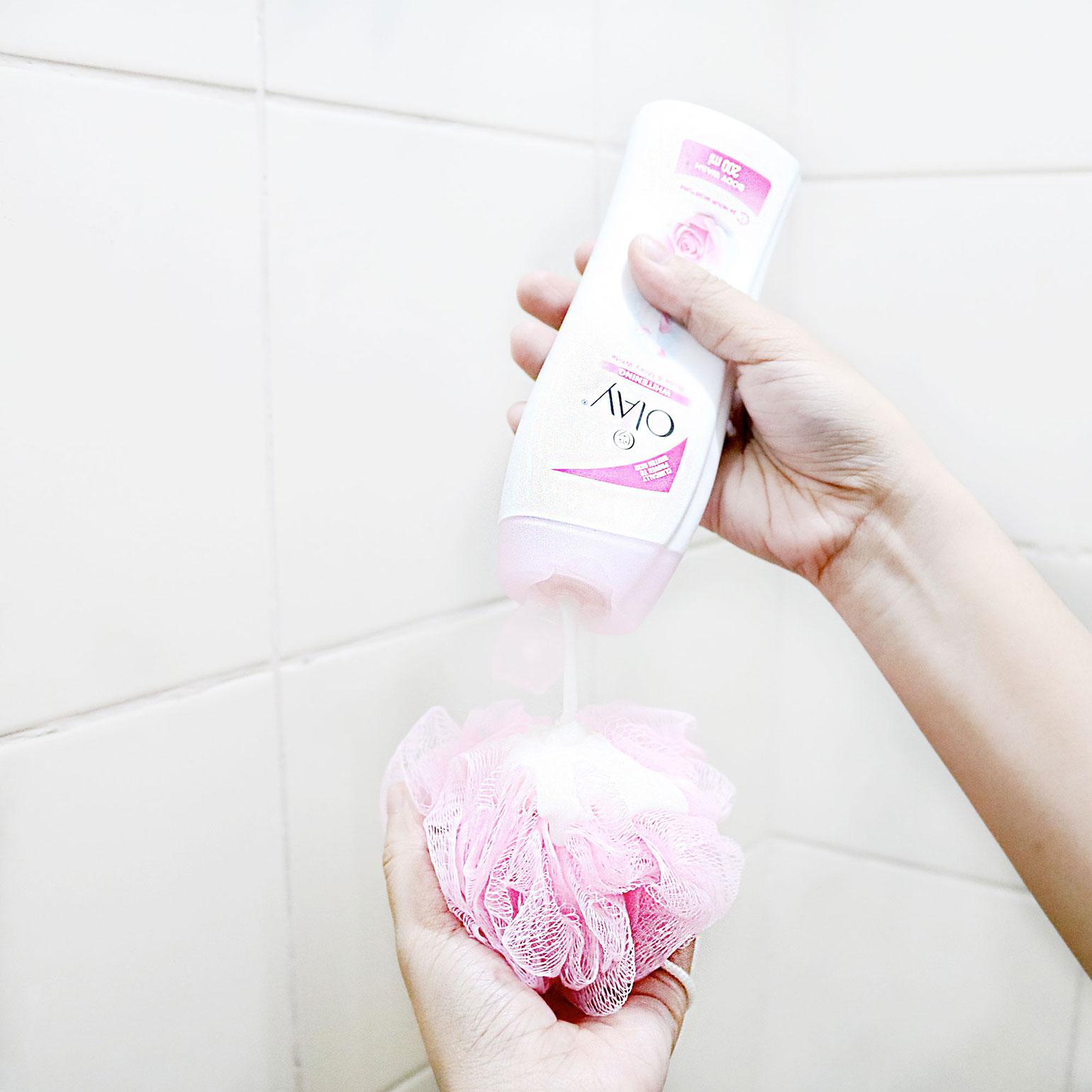 2 Olay Whitening Rose and Milky White Body Wash - She Sings Beauty by Gen-zel