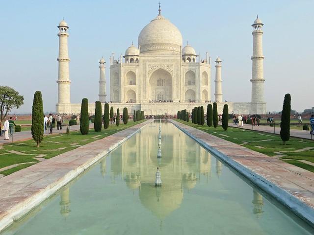2b. Taj Mahal